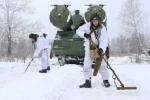 Xem lính Nga tháo mìn hộ tống tên lửa phòng không S-300V