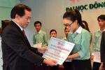 Trao học bổng cho sinh viên nghèo học giỏi tại Đà Nẵng