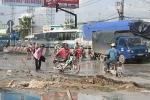 Nữ sinh Sài Gòn sụp hố chết sau trận mưa lớn