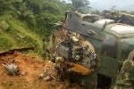 Clip: Hạ cánh trúng bãi mìn, trực thăng quân sự nổ kinh hoàng