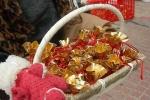 Vì sao người Việt mua muối sau giao thừa?