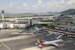 Rơi máy bay ở Hàn Quốc, ít nhất 2 người chết