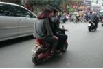 Nỗi ám ảnh xe đạp điện: Cảnh sát giao thông chấp nhận 'bó tay'