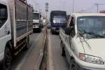 Tai nạn liên hoàn, quốc lộ 1 kẹt xe kinh hoàng