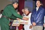 Trung tướng Nguyến Đức Soát trao sinh kế cho nạn nhân bom mìn Quảng Nam