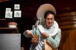 Cười vỡ bụng với 10 nghiên cứu đạt giải Ig Nobel 2015
