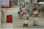 Clip: Cột điện 'mọc' giữa đường gây tai nạn liên tiếp ở TP.HCM