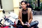 Nữ quái xinh đẹp vào uỷ ban phường cuỗm xe máy