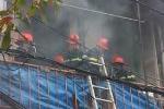 Cháy lớn thiêu rụi cơ sở sản xuất vàng mã ở Hà Nội