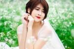 Hot girl CĐ Nghệ thuật đẹp tinh khôi giữa đồng hoa cải trắng