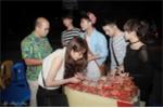 Minh Chuyên cùng dàn hot girl mang Trung thu đến với trẻ em mồ côi
