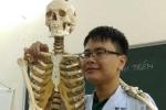 Đỗ thủ khoa kép Đại học Y Hà Nội nhờ học trên facebook