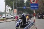 Không thể tin nổi 'pha dàn xếp vi phạm giao thông' này vẫn diễn ra ở Hà Nội