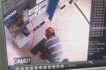 Clip: Hùng hổ vác súng đi phá cây ATM và cái kết 'uất nghẹn'