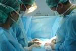 Biến dạng ngực vì vỡ túi silicon sau khi nâng vòng 1