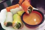 Làm bánh phở 'cầu vồng' hấp dẫn mà an toàn từ màu rau củ