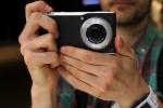 Panasonic ra mắt smartphone lai máy ảnh