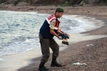 Cha em bé Syria chết trên biển bị tố làm việc cho bọn buôn người