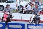 Người vi phạm 'cười khoái chí' quay đầu xe chạy trốn CSGT