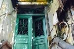 Những biệt thự cổ 'mốc meo' giữa khu phố đẹp nhất nhì Hà Nội