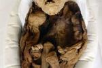 Phát hiện xác ướp em bé sống cách đây hơn ngàn năm