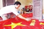 Gia đình 70 năm may cờ Tổ quốc