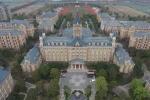 Bí ẩn bóng đá Trung Quốc: Trung Quốc che giấu bí mật trong 'học viện Harry Potter'