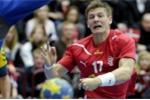 Rợn gáy với cú ngã gãy đôi tay ở giải U21 châu Âu