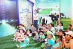Hàng ngàn bố mẹ cùng cảm ơn con tại 'Thế giới sữa Vinamilk'