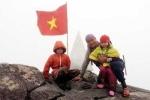 'Phượt nhí' 5 tuổi chinh phục đỉnh Fansipan