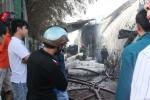 Cháy xưởng giấy ở ngoại ô TP.HCM, dân chạy xa tránh ngạt