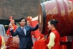 Trưởng Ban Tuyên giáo Trung ương đánh trống khai mạc Ngày thơ Việt Nam lần thứ 14