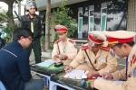 Những hình phạt 'lạ' của CSGT Đà Nẵng có phạm luật?