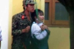 Kẻ tẩm xăng, doạ đốt nữ sinh ở Thái Bình có phải là quân nhân, bị tâm thần?