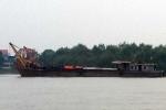 Bị tàu chở dầu đâm, sà lan cùng 900 tấn hàng chìm nghỉm trên sông