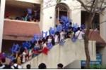 Clip: Cảnh đi thi 'bá đạo' chỉ có ở ĐH Kiến trúc Hà Nội