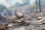 Chập dây điện cháy rụi nhà gỗ, 4 đứa trẻ thoát chết trong gang tấc