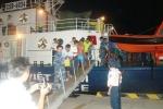 Gay cấn cảnh sát biển Việt Nam bắt cướp giữa đại dương