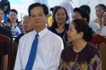 Clip: Nguyên Thủ tướng Nguyễn Tấn Dũng và phu nhân đi bầu cử