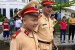 Bí thư Đà Nẵng khen CSGT giúp cậu bé ung thư chạm ước mơ