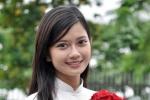 Ngắm áo dài trắng tinh khôi của nữ sinh trường Ams