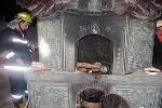 Tên trộm chùa suýt chết vì mắc kẹt trong tháp hoá vàng