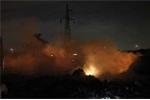 Hà Nội: Nổ lớn, bãi tập kết rác bốc cháy dữ dội