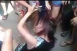 Thanh niên túm tóc, kéo lê cô gái trên phố