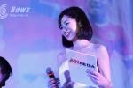 Hotgirl Tú Linh đau đớn nhìn MU thua sốc Arsenal