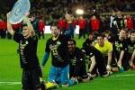 Dortmund bảo vệ thành công ngôi vô địch Bundesliga