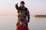IS tung video hành quyết điệp viên Nga, hăm dọa Tổng thống Putin