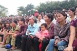 Thảm sát ở Yên Bái: Hàng nhìn người theo dõi phiên xét xử