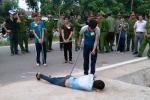 Thực nghiệm hiện trường vụ trung uý công an bị đánh chết