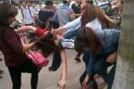 Buộc thôi học 10 ngày hai nữ sinh đánh nhau như phim ở Cà Mau